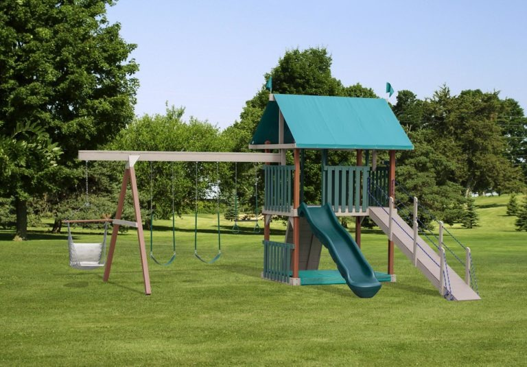 Prince's Excercise Station Swing Set